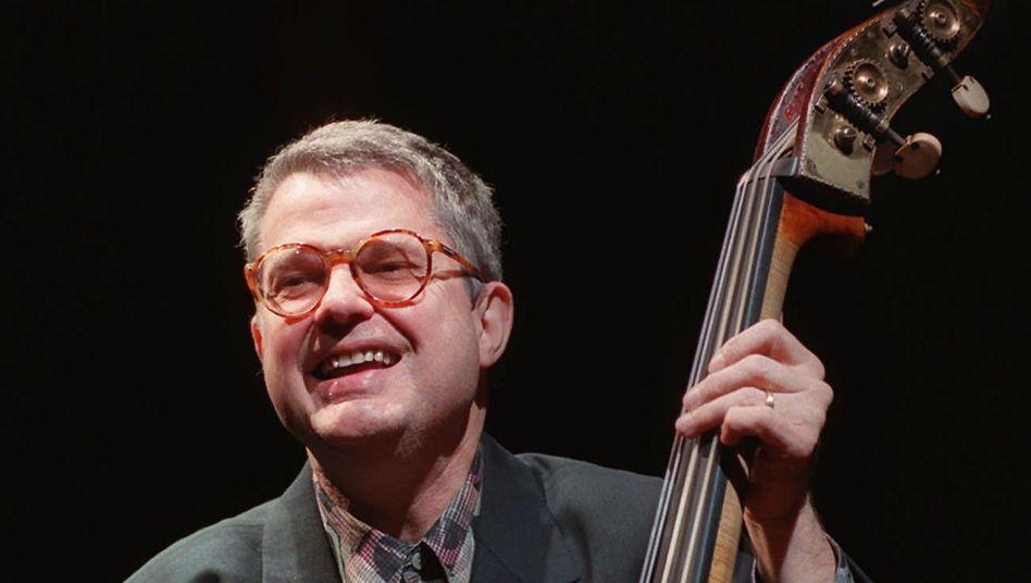 Charlie Haden (Archivbild): Stilprägend für den Jazz