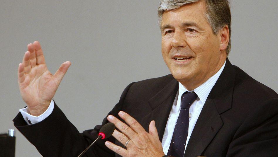 Deutsche-Bank-Chef Ackermann: Auf der Suche nach Lösungen