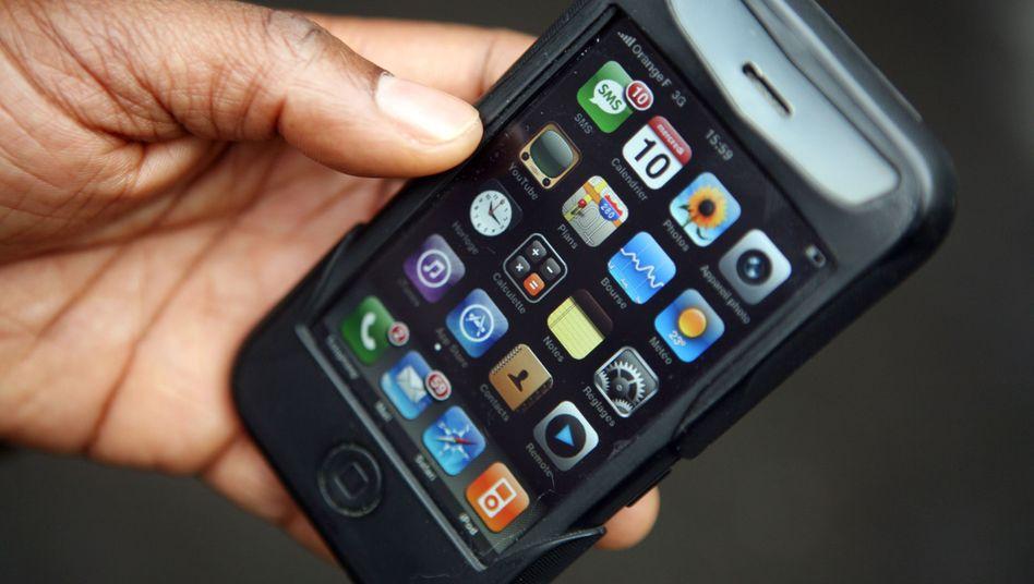 iPhone 3G: Daran, auch Skype über Apples Mobilfunke zu ermöglichen, haben die Vertriebspartner von Apple ein nur sehr verhaltenes Interesse - sie bremsen, wo sie können