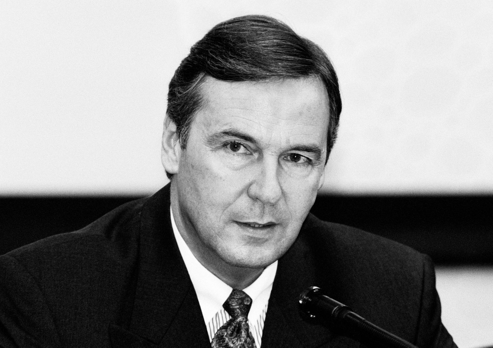 Karl-Josef ( Kajo ) NEUKIRCHEN , Vorstandsvorsitzender der Metallgesellschaft AG , November 1994 Karl-Josef ( Kajo ) NEU
