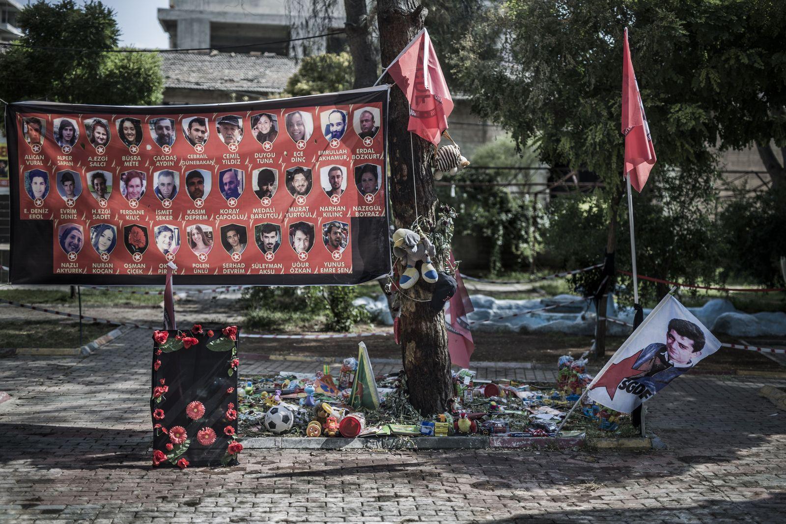 """DER Spiegel 32/2015 SPIN pp72 """"Angst vor dem Bürgerkrieg"""" - TURKEY SYRIAN BORDER"""