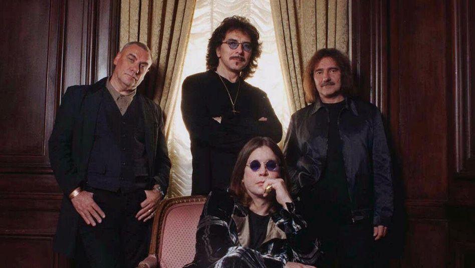 Ward, Iommi, Osbourne und Butler: Die ursprüngliche Besetzung der Metal-Legende