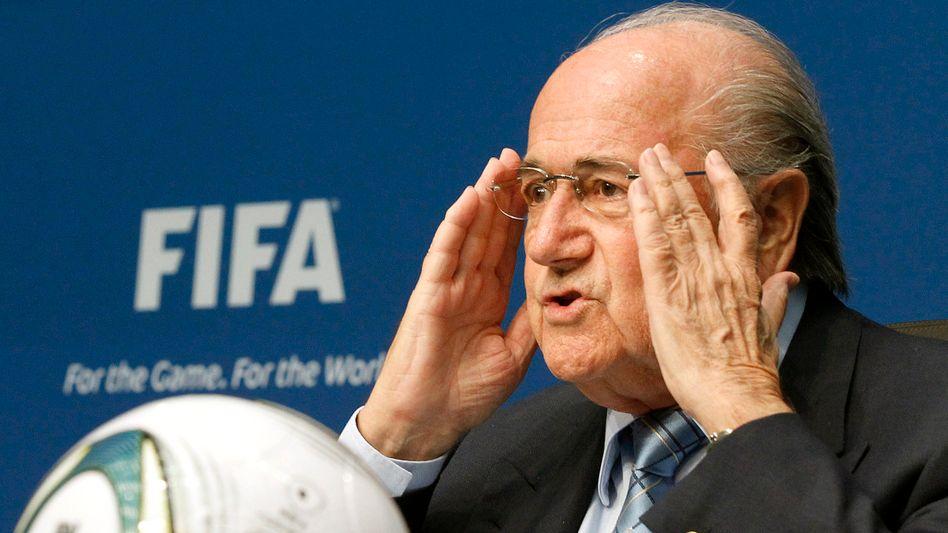 Fifa-Präsident Blatter: Stürzt er über die Korruptions-Vorwürfe?