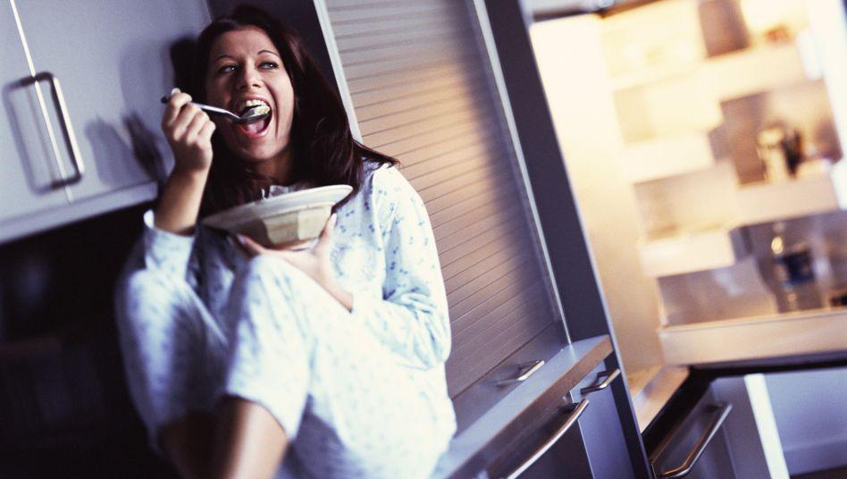 Mh, das schmeckt: Zu wenig Schlaf führt möglicherweise zu Heißhunger