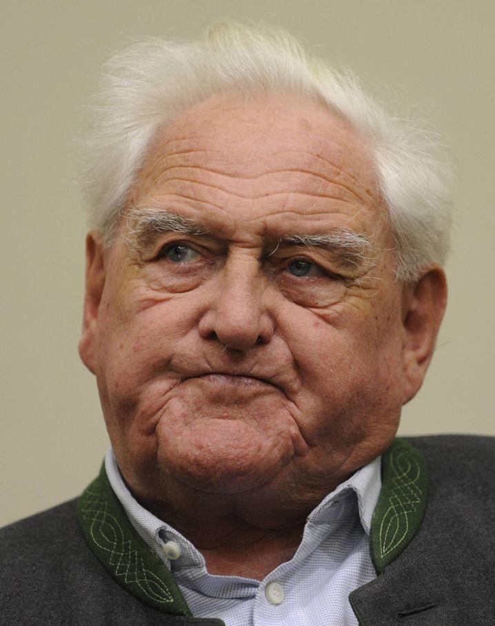 """Angeklagter Scheungraber: """"Hab' im Moment keine Beschwerden"""""""