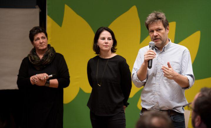 Anja Piel (l.), Annalena Baerbock