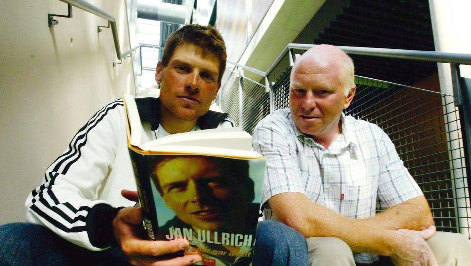2004 gab es schon mal ein Buch über Jan Ullrich und Rudy Pevenage. Das fiel aber positiver aus