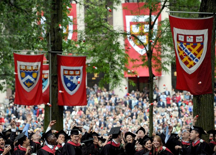 Absolventen an der Harvard-Universität