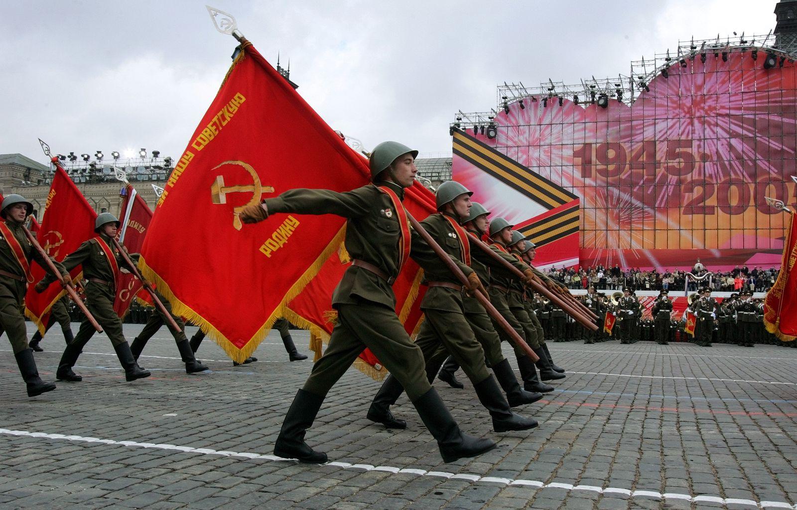 Moskau/ Roter Platz/ Sowjet-Parade