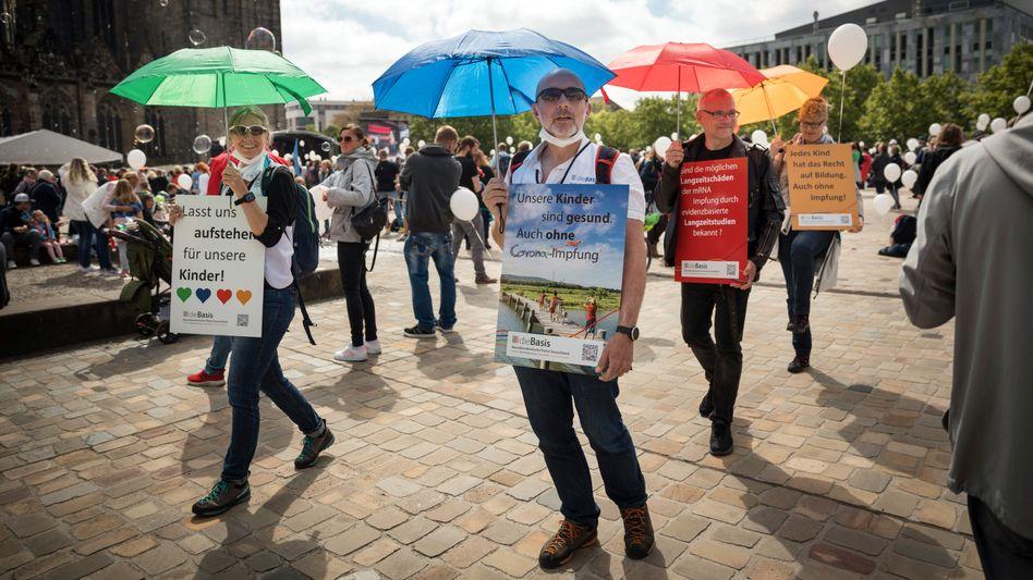 Parteianhänger in Magdeburg: »Eine gezielte Unterwanderung«