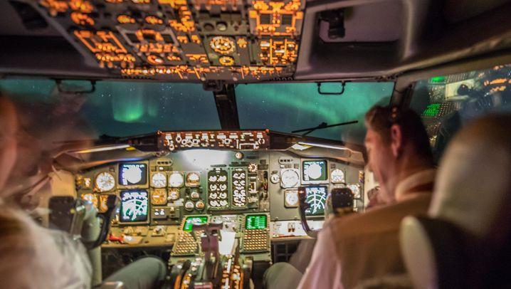 Nordlichter-Flug: Am Himmel über Yukon