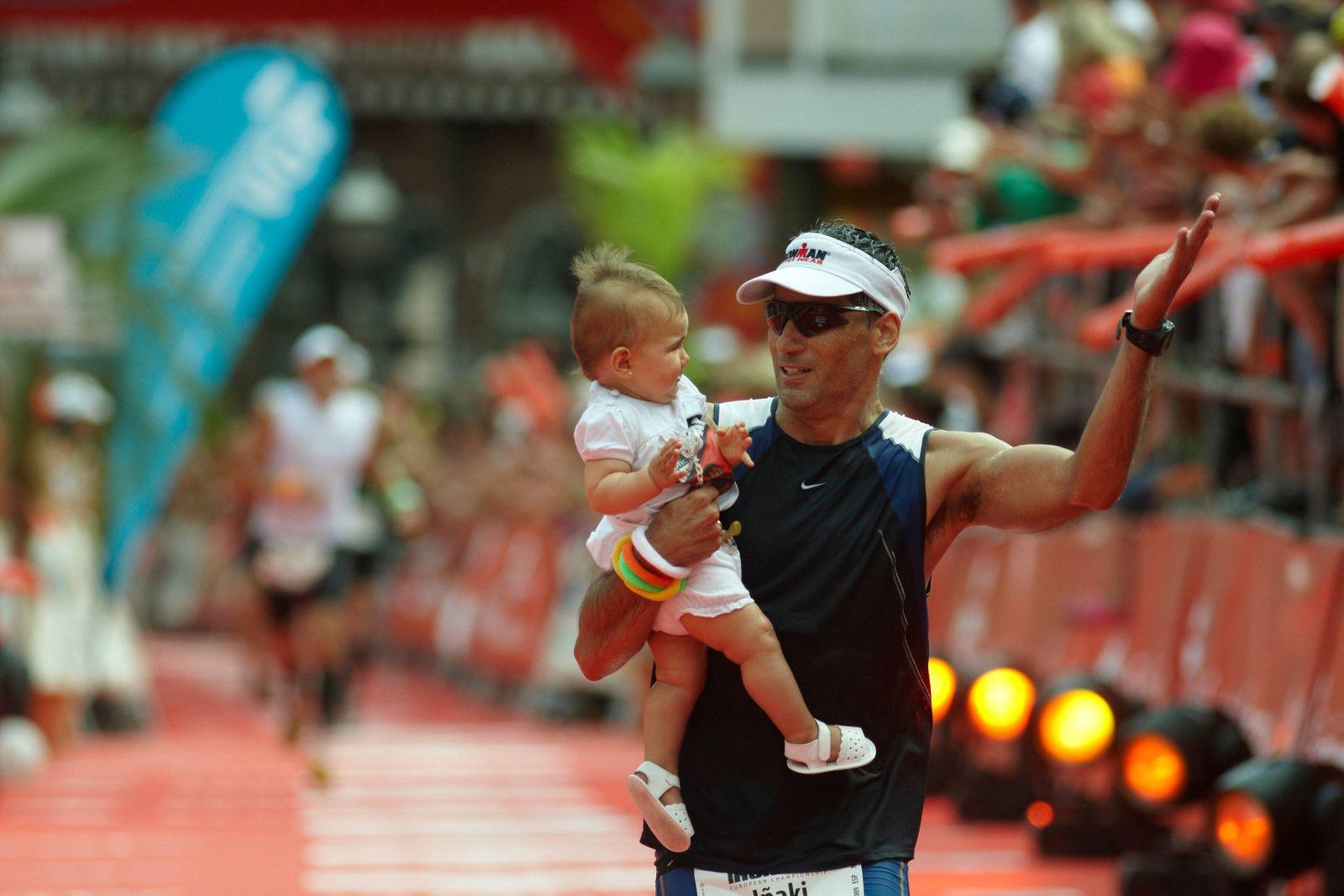 EINMALIGE VERWENDUNG Inaki Serna/ Ironman 2009/ Triathlon
