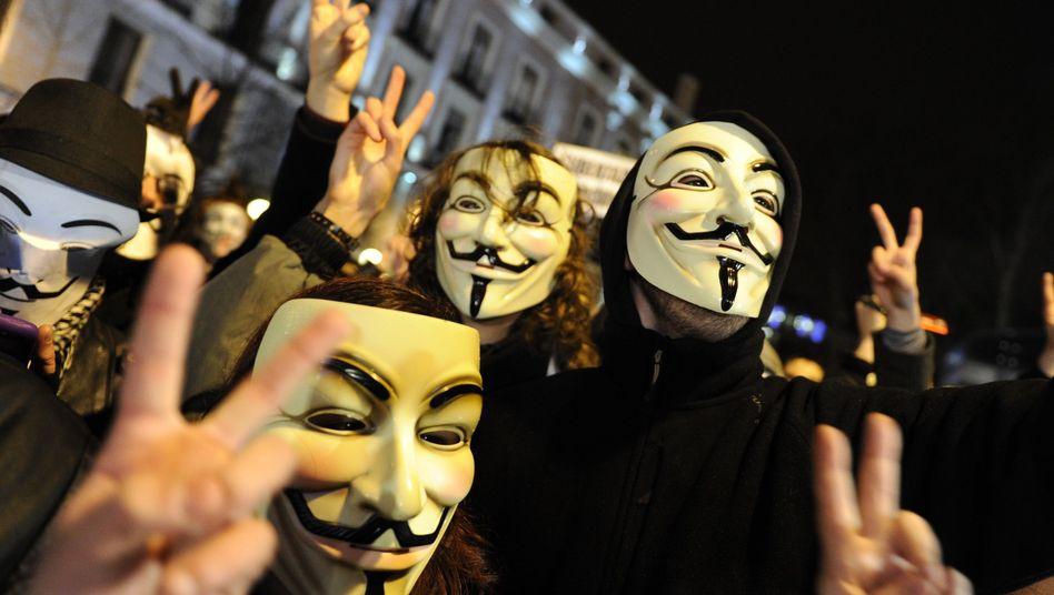 Aktivisten der Anonymous-Bewegung: Die US-Regierung fürchtet die Hacker