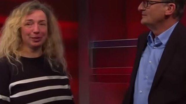 Moderator Plasberg, Störerin in der Livesendung: Nach der Show noch Redebedarf