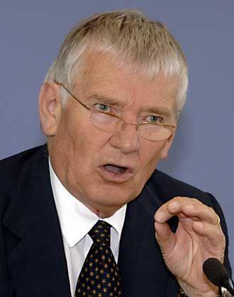 Ex-Minister Schily (Archiv): Strenge Vertraulichkeit