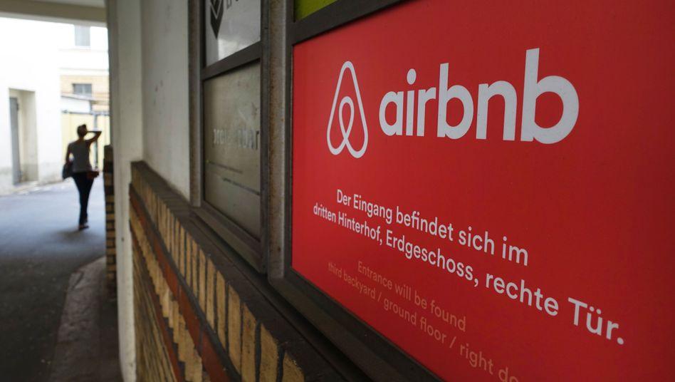 Logo von Airbnb