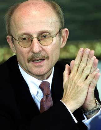 Senator Willi Lemke