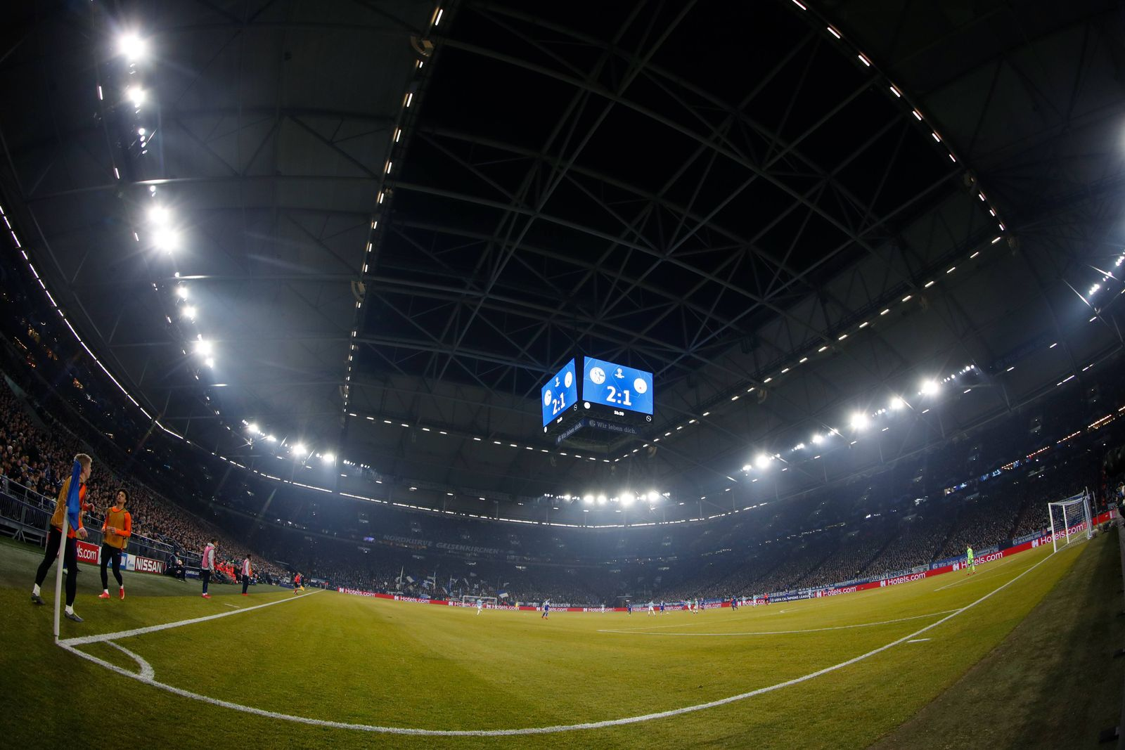 EINMALIGE VERWENDUNG Schalke / Manchester / Stadion