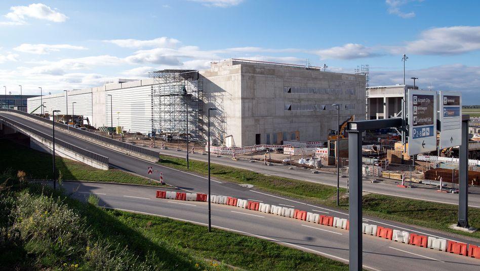 Hauptstadtflughafen BER: Wird das Terminal 2 rechtzeitig fertig?