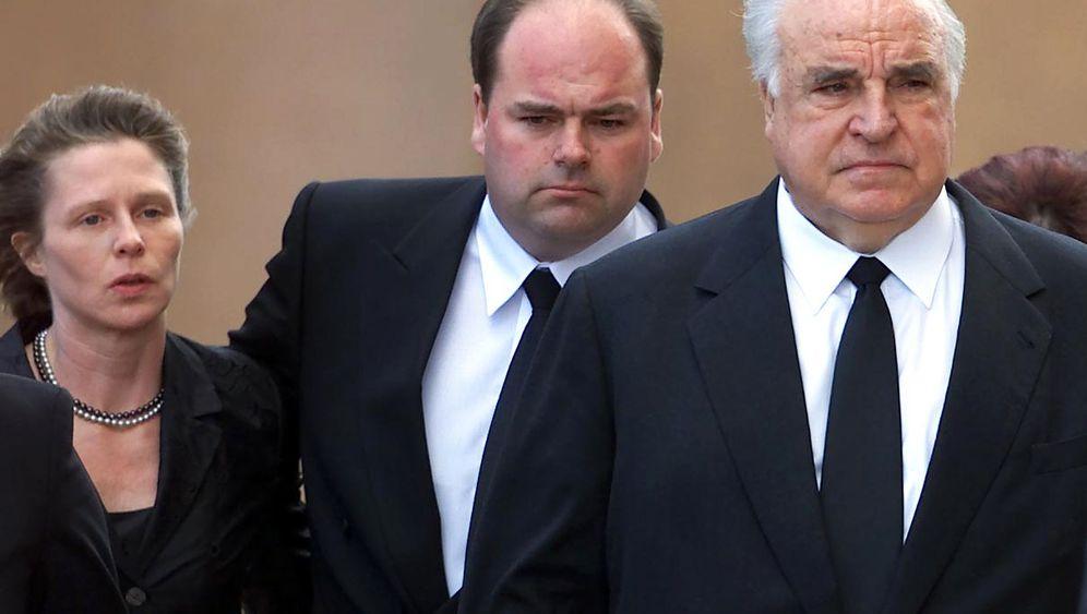 Helmut Kohl: Der abwesende Vater