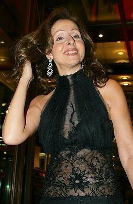 Sie hat die Haare schön: Vicky Leandros will wieder mehr singen