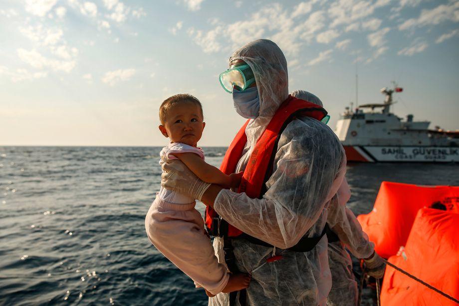 Auf dem Meer ausgesetzte Flüchtlinge: Todesangst