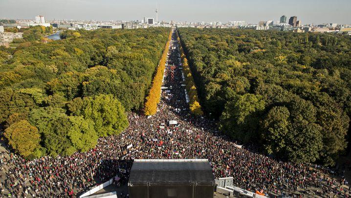 Demonstration gegen TTIP: Die gefräßige Freiheitsstatue