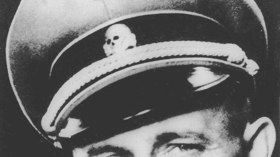 Undatiertes Foto von Adolf Eichmann: BND darf Unterlagen zum NS-Mörder geschwärzt lassen