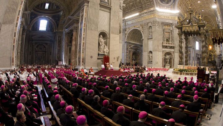 Katholische Kirche in Europa: Ringen mit der Schuld