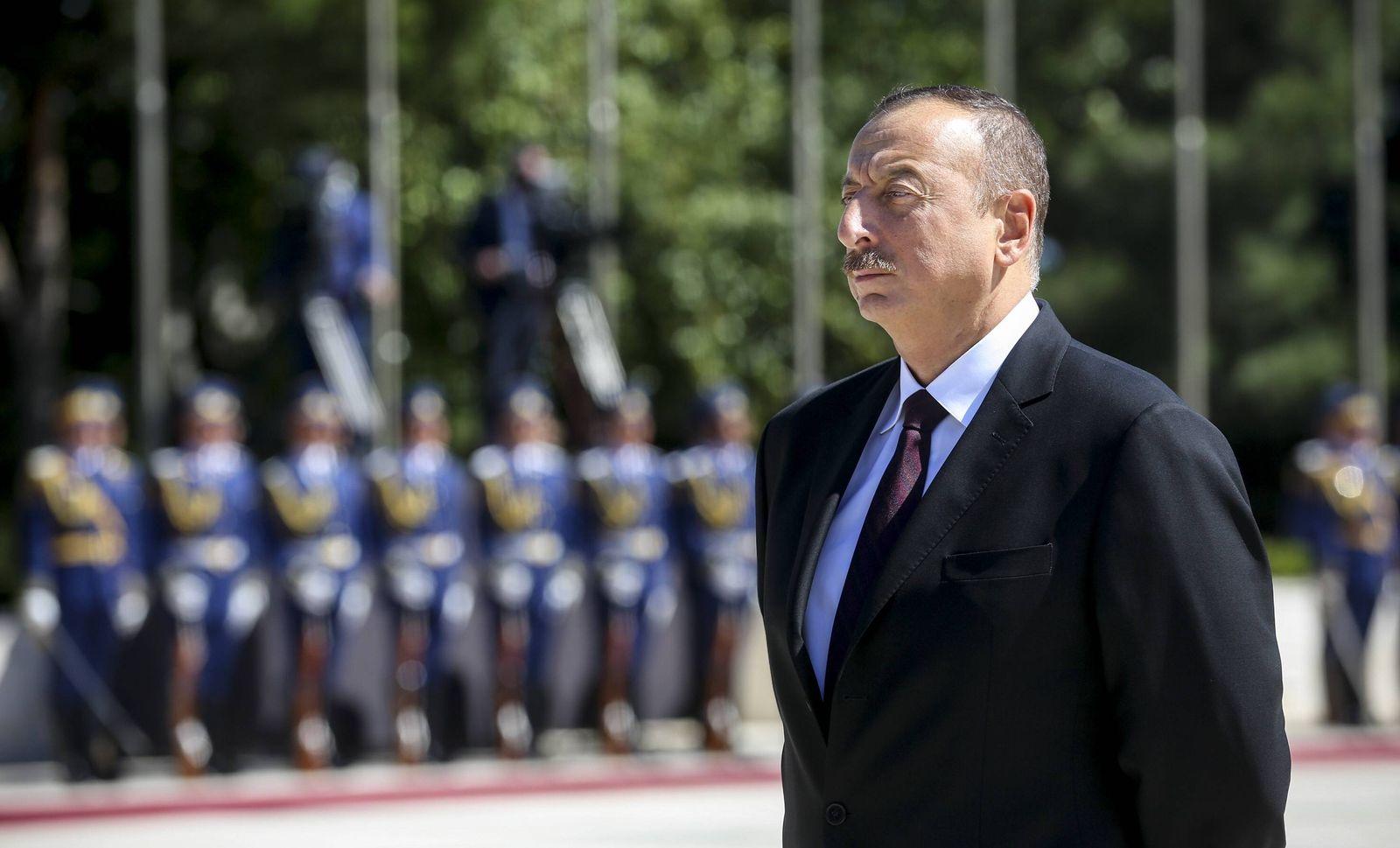 EINMALIGE VERWENDUNG Ilham Aliyev