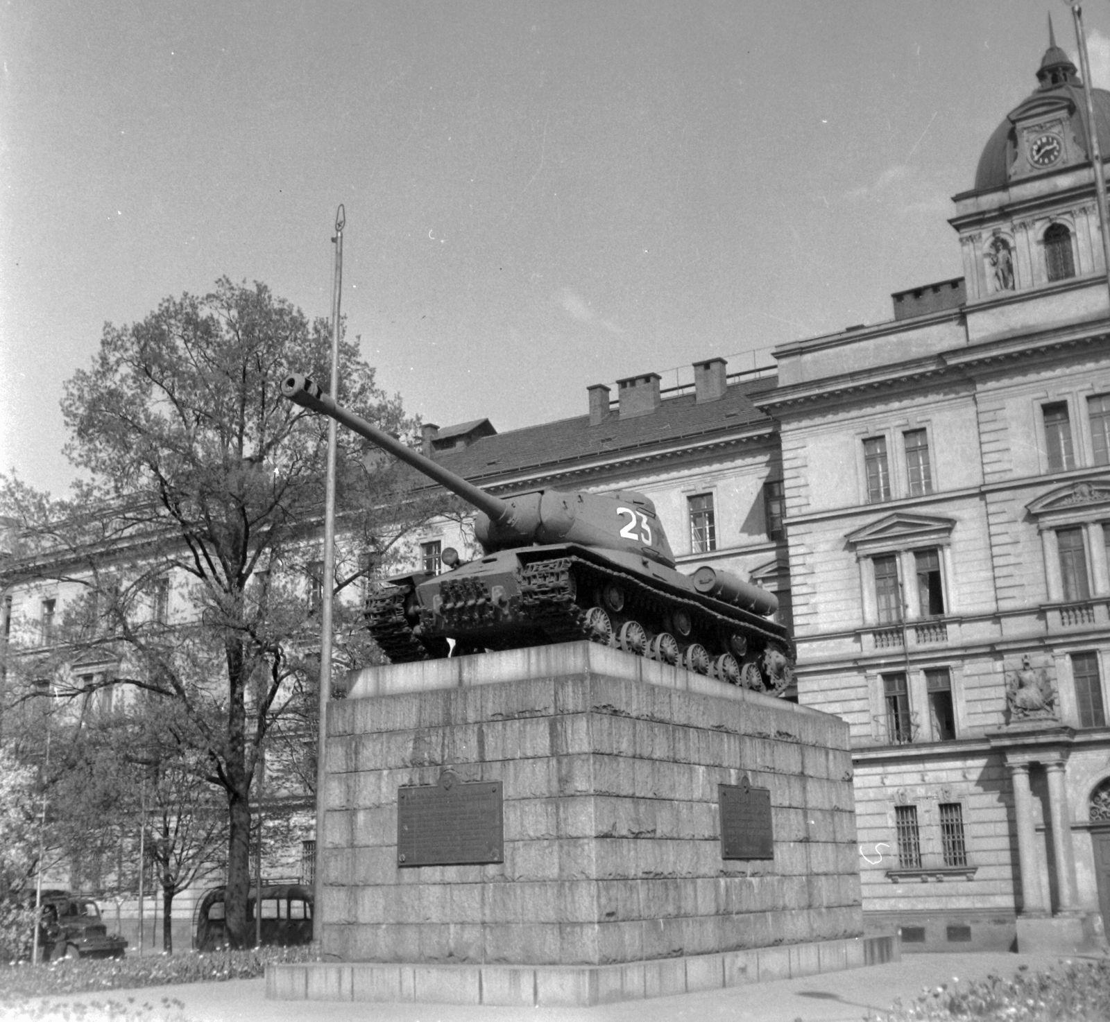 Panzer 23 Denkmal Tschechische Republik