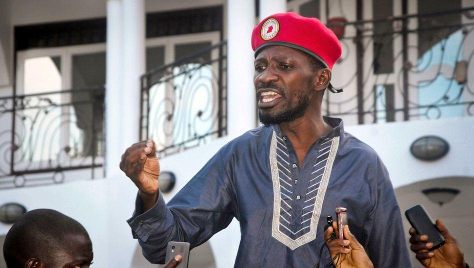 Bobi Wine nach seiner Freilassung in Ugandas Hauptstadt Kampala