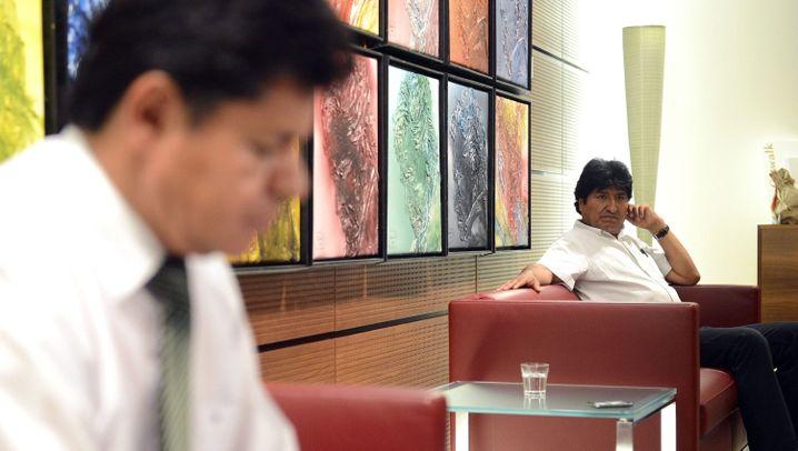 Boliviens Präsident: Morales in der Warteschleife