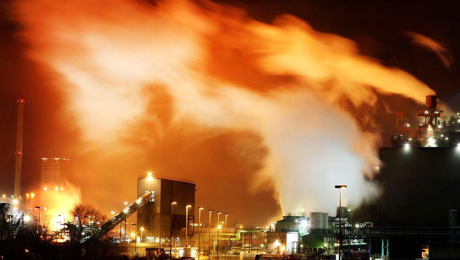 Stahlwerk in Duisburg (Nordrhein-Westfalen)