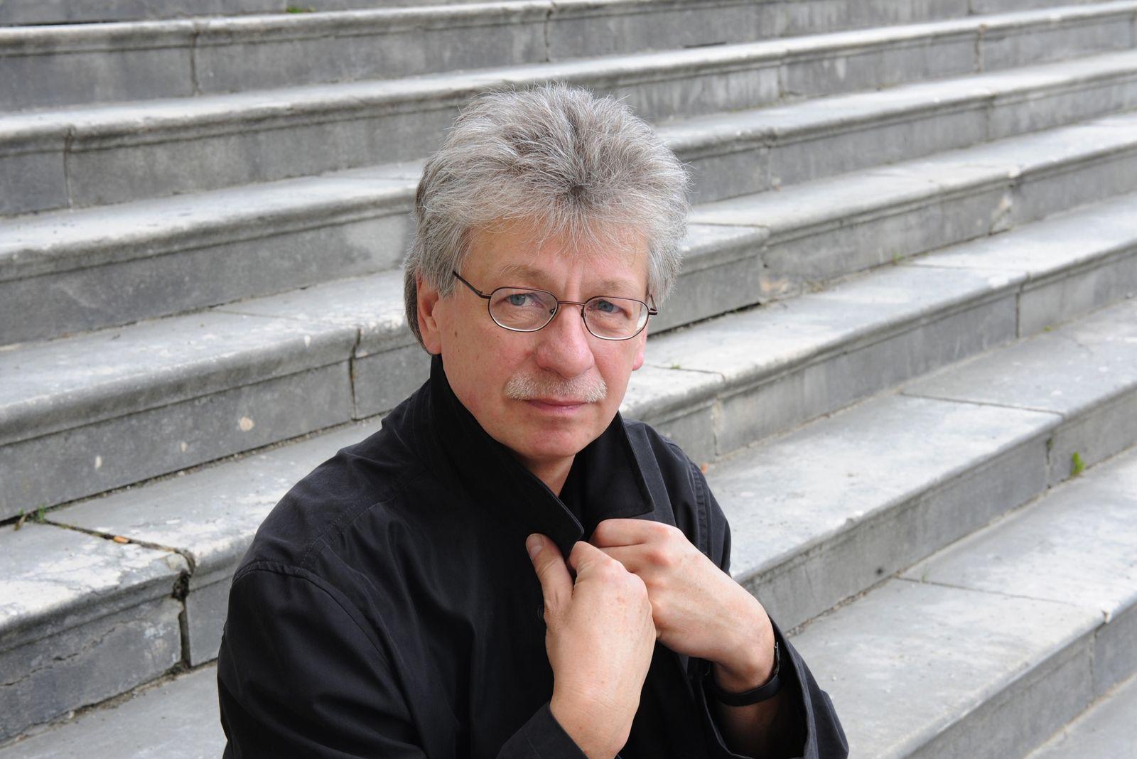 EINMALIGE VERWENDUNG Reinhard Jirgl