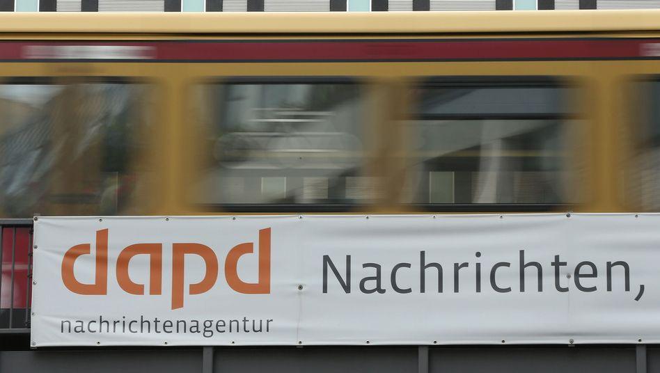 dapd-Werbung auf der Berliner S-Bahn: Droht der Agentur erneut die Abwicklung?