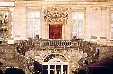 Schloss Fontainbleau ist die malerische Kulisse für MBA-Studenten der INSEAD