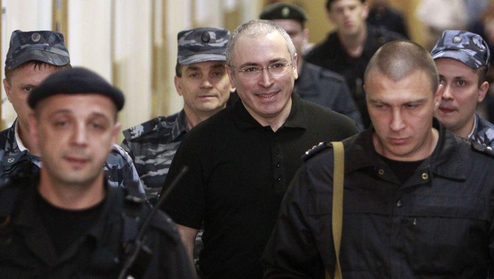Begnadigung: Kreml-Gegner Chodorkowski ist frei