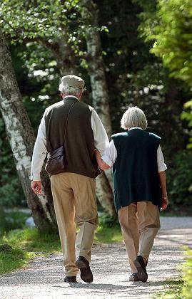 Rentnerpaar: Sie gut für die Enkel, er irrelevant?