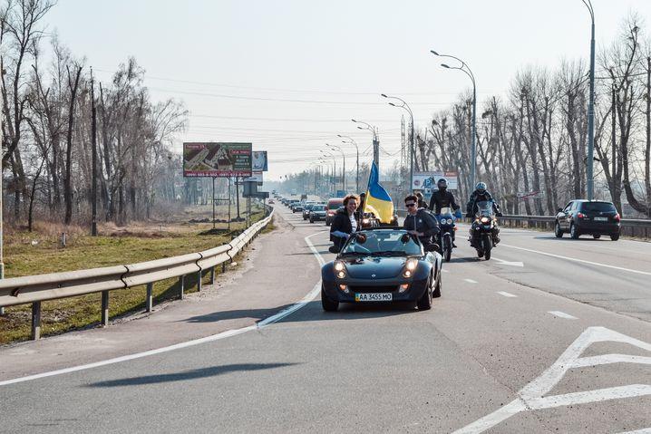 Kateryna während der Fahrt zur Janukowytsch-Residenz im Januar 2014