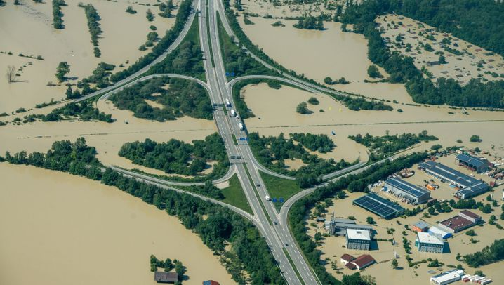 Hochwasser an der Donau: Deggendorf versinkt