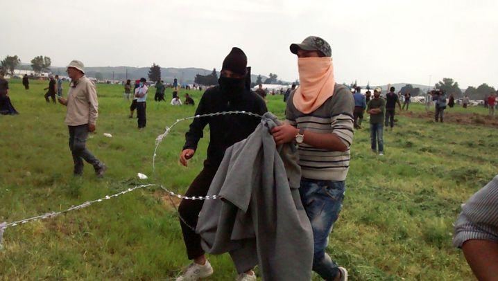 Idomeni: Gewalt an der Grenze