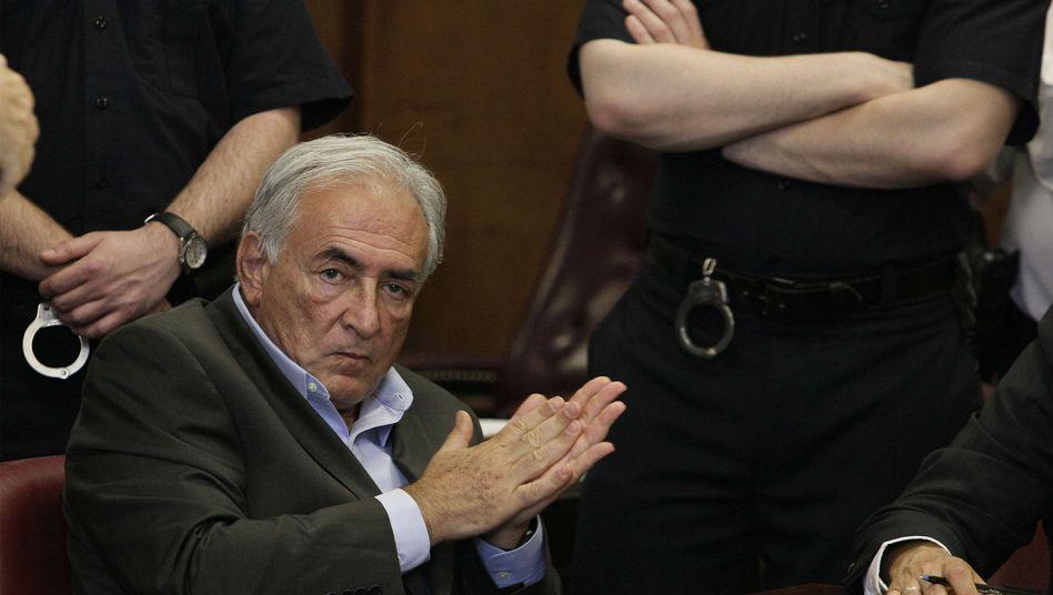 Dominique Strauss-Kahn vor dem New Yorker Gericht: Tiefe Trauer und Enttäuschung