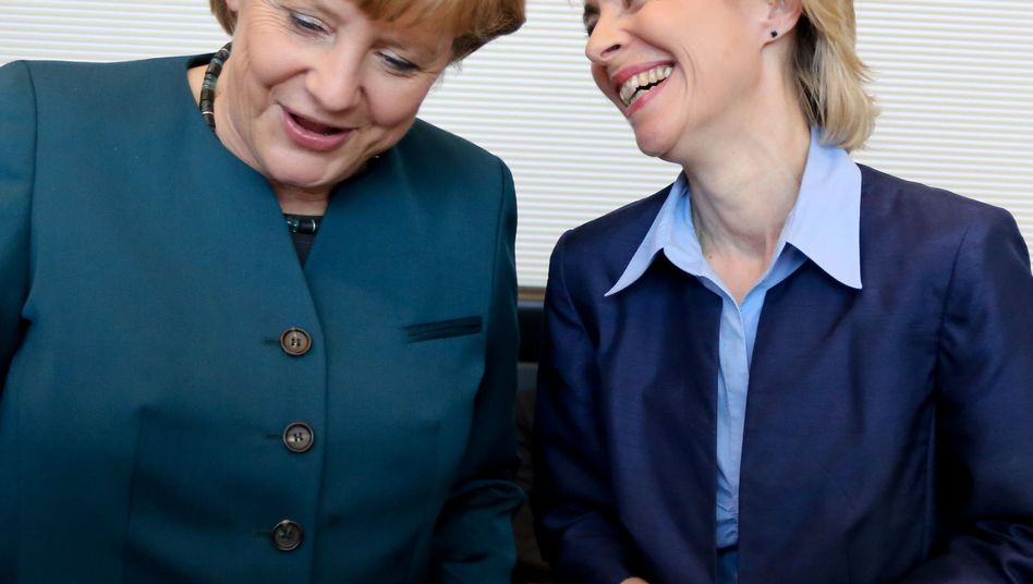 """Angela Merkel und Ursula von der Leyen (Archivbild): """"Das Vertrauen ist ungebrochen"""""""