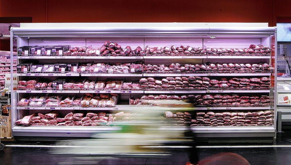 Kühlregal im Supermarkt: 88 Prozent Billigfleisch