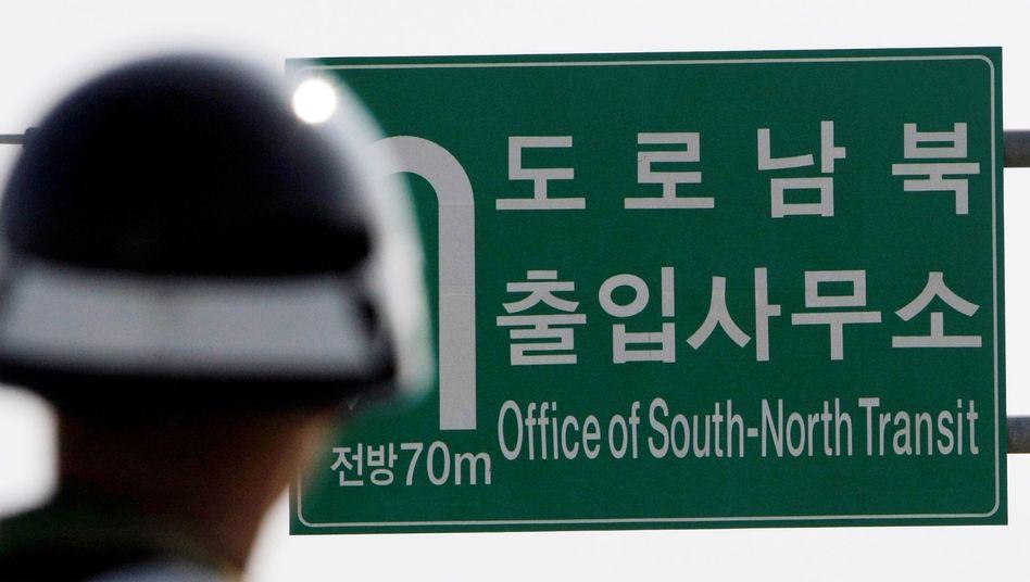 Grenzposten zwischen Nord- und Südkorea: Zaghafte Annäherungsversuche
