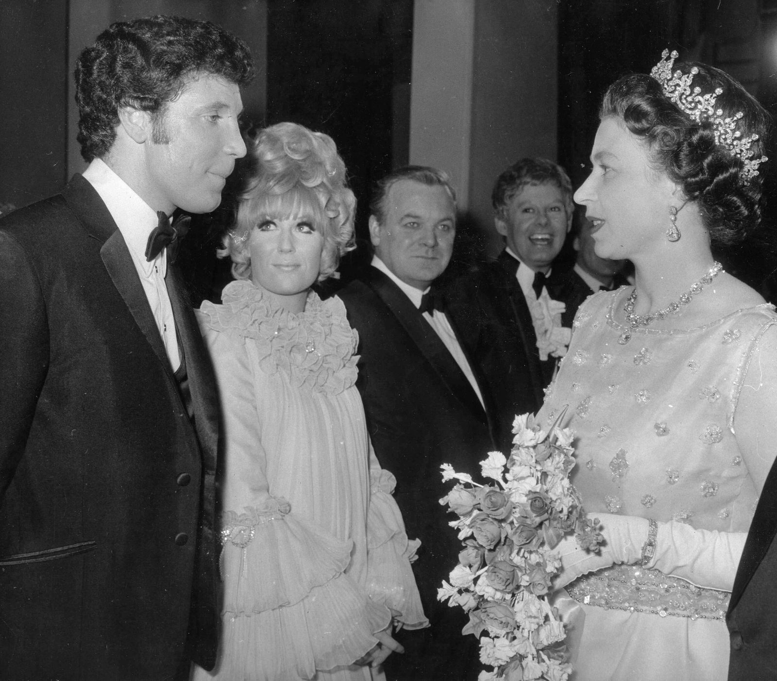 Feb 9 1972 London England U K Singer TOM JONES meets QUEEN ELIZABETH II at a royal performa