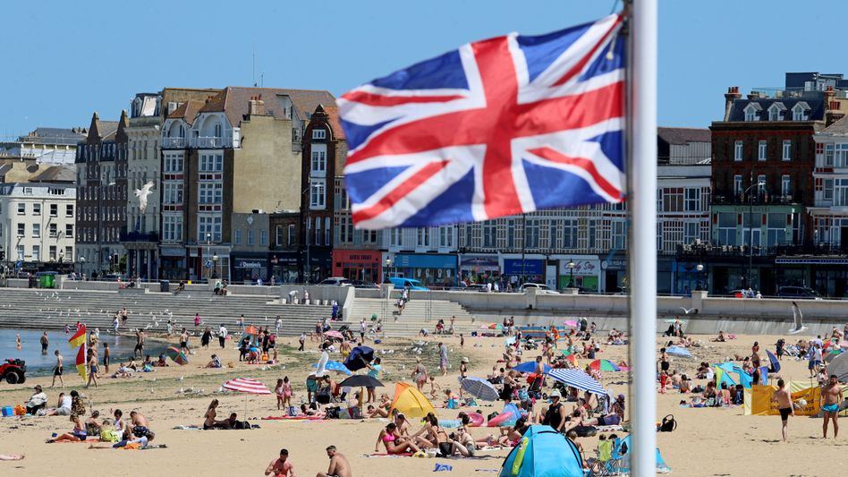 Strand in Kent: Großbritannien will am 21. Juni alle Corona-Beschränkungen aufheben