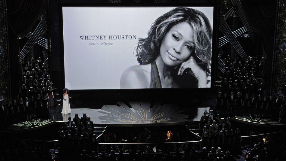 Autopsiebericht: Whitney Houston starb mit Gesicht nach unten in der Wanne