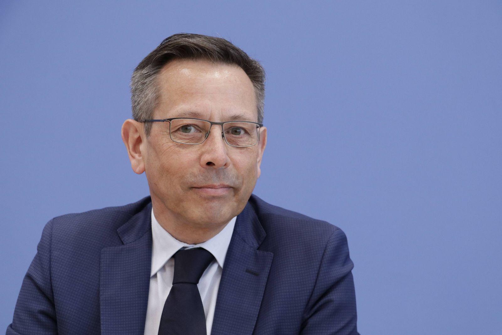 EINMALIGE VERWENDUNG Johannes-Wilhelm Rörig